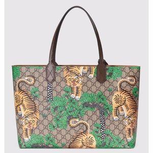 New Gucci GG Supreme Canvas Bengal Tote Medium